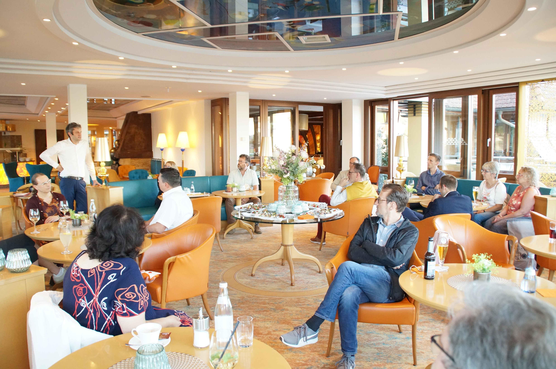 Station im Hotel Hohenlohe, Geschäftsführer Volker Dürr berichtet von seinen Erfahrungen